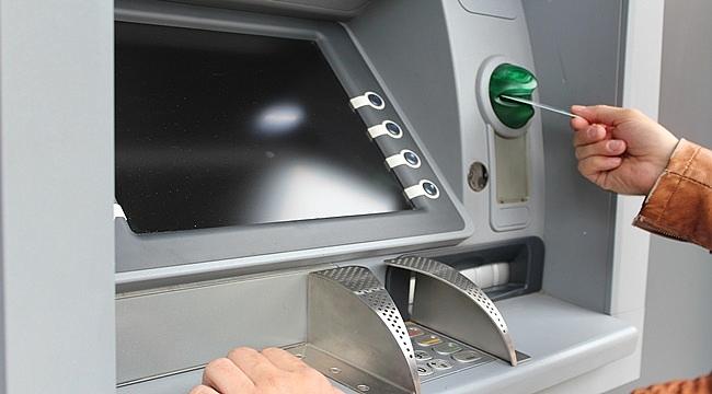 ATM'ler kimlikle para çekme dönemine hazırlanıyor