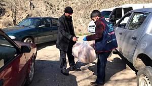 Erzurum'da Sosyal Destek Grubu vatandaşların yardımına koştu