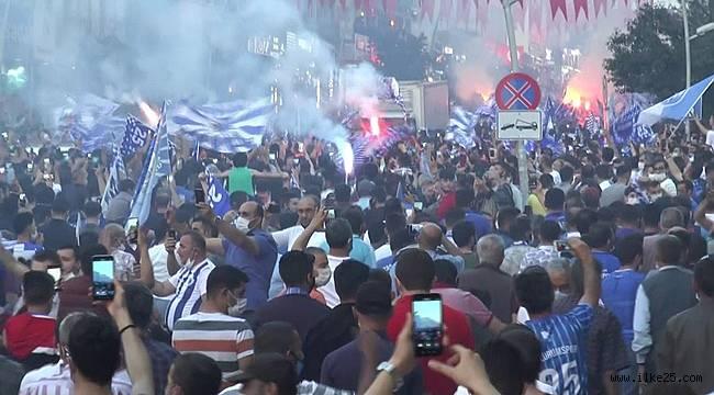 Erzurum'da taraftar şampiyonluğu kutladı, vaka sayısı arttı