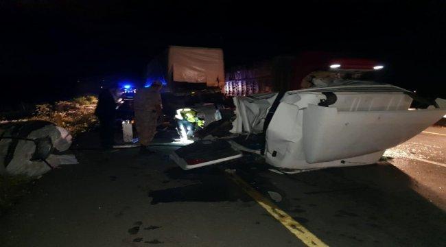 Pasinler'de trafik kazası: 1 ölü 1 yaralı