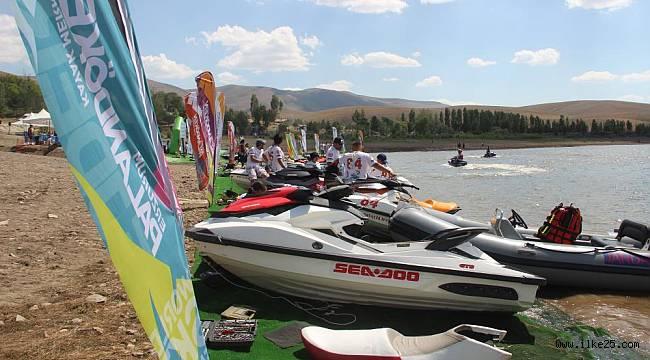 Doğunun başkenti Erzurum'da su sporları adrenalin dolu anlar yaşatıyor