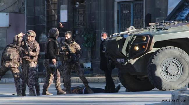 Erzurum'da Üç Kişiyi Öldüren Şahsın Yargılanmasına Başlandı