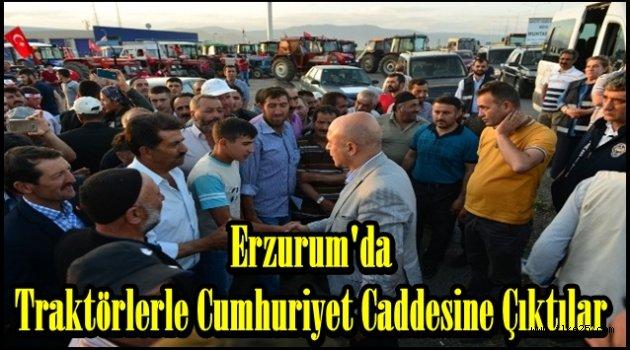Erzurum'da Traktörlerle Cumhuriyet Caddesine Çıktılar