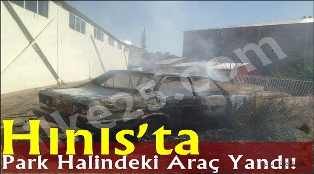 Hınıs'ta Park Halindeki Araç Yandı!