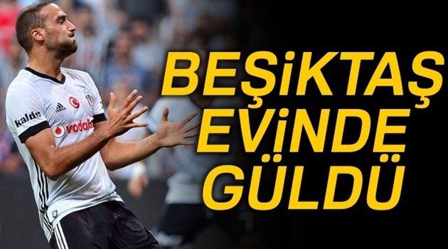 Beşiktaş Evinde Şen Şakrak..